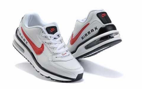 newest 3d284 a8071 C est la ligne la plus populaire de Nike Golf. En outre, cette ligne offre  beaucoup de shorts et de pantalons à carreaux pour complimenter chaque  chemise ou ...